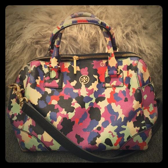 8cf60ca5336 Tory Burch Speedy Style Handbag. M 54947124e75a62055500da11