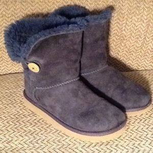 UGG BAILEY BUTTON BLUE BOOTS GIRLS YOUTH sz 2 MINT