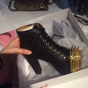 Jeffrey Campbell Spiked quilted Litas