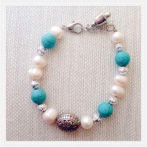 Jewelry - BEAUTIFUL FRESH WATER PEARL BRACELET