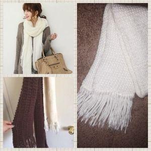 ARIS Accessories - 🎉HP🎉ARIS' White scarf- Necessary Neutral HP 1/25