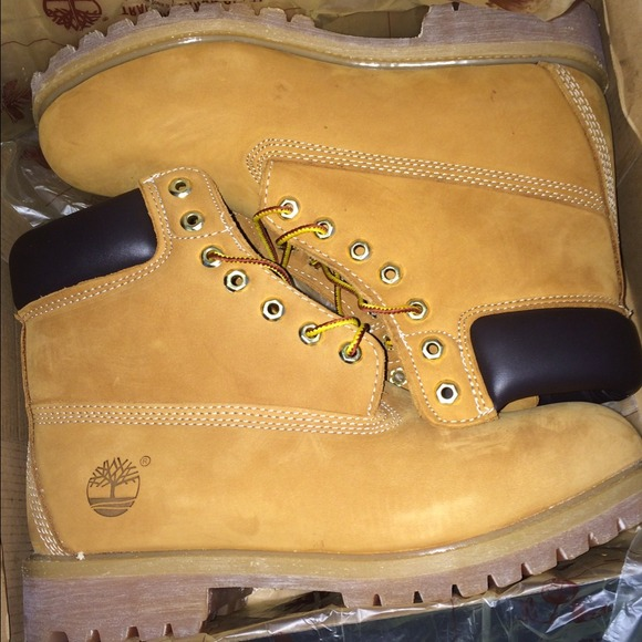 f550c7b683e Men's size 8 timberland boots NWT