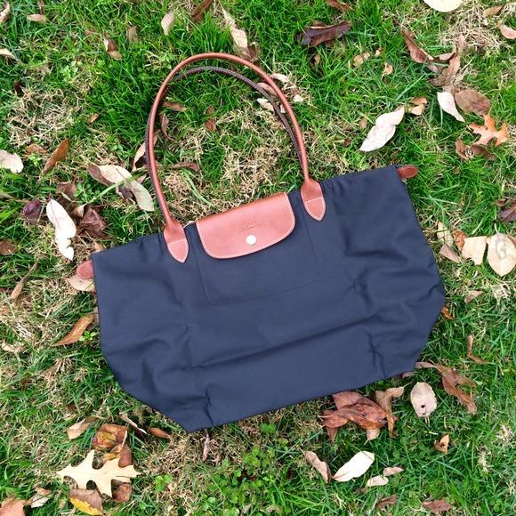 Longchamp Handbags - 🚫SOLD Longchamp Large Le Pliage Tote - Black