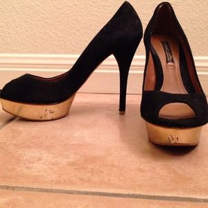 Zara Black Pumps with Gold Platform