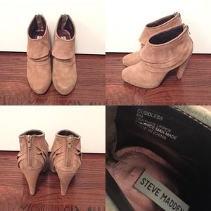 Steve Madden Cuddless Booties- Taupe