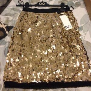 D&G Dresses & Skirts - 🎉2xHP!! ❤️🎉 NWT Dolce & Gabbana gold mini