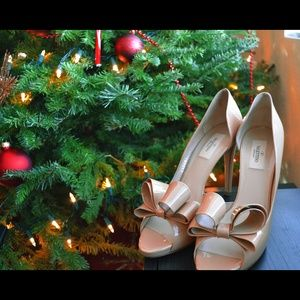 Valentino Bow Pumps 40