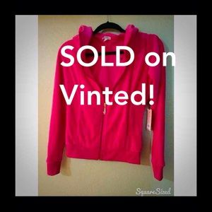 b82925b78a0 Juicy Couture Sweaters - SOLD on Vinted! Juicy Couture XS Velour Hoodie