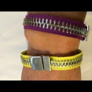 Gap zipper design bracelet
