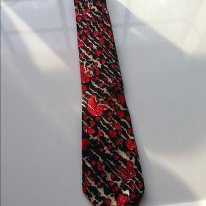 Heart print thin tie in silk