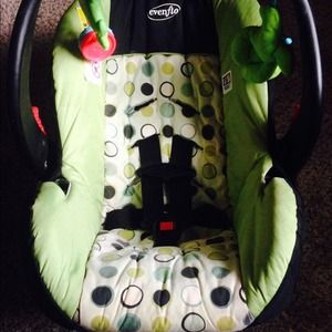 Graco evenflo Other | Infant Car Seat No Need For It Anymore | Poshmark