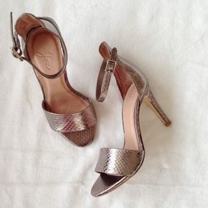 Joie Shoes - 🎉 REDUCED PRICE: Joie snakeskin pewter gold heels