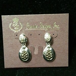 """""""Tailored"""" two tone silver gold post earrings"""