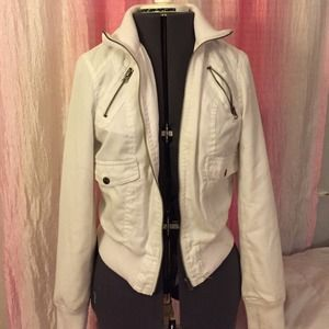 White zipper jacket juniors