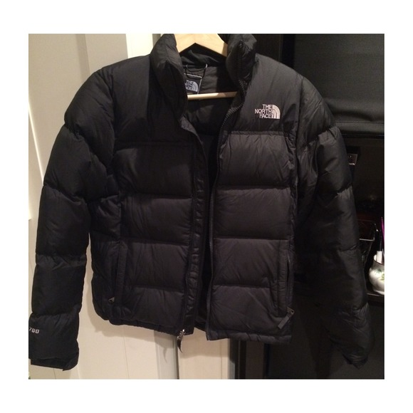 28daee068 North Face Bubble Jacket!