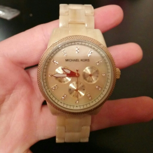 f3584ae8160d Michael kors women s MK5039 Ritz Horn Watch. M 5498f4e1018efa0fc416108e