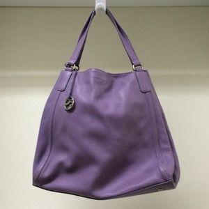 Lilac leather italian handbag