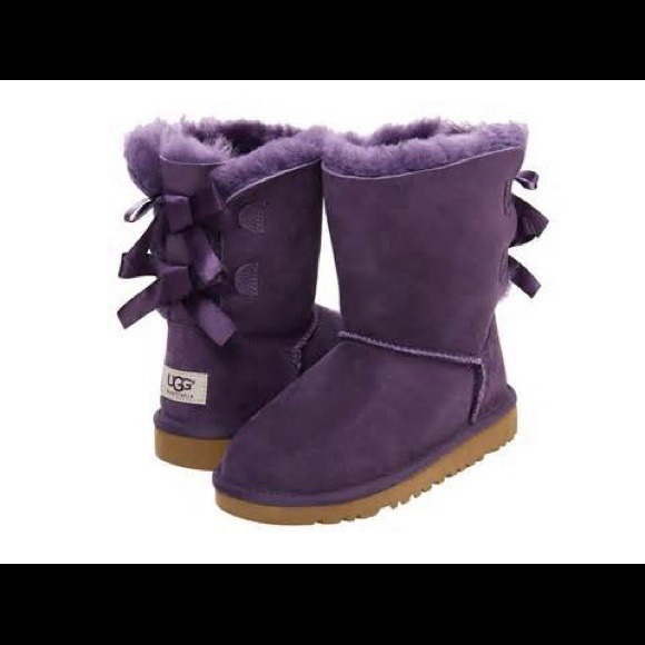 Uggs purple Bailey Bow Boots used Toddlers size 8