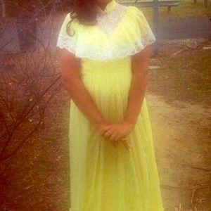 Dresses & Skirts - Vintage prairie style dress