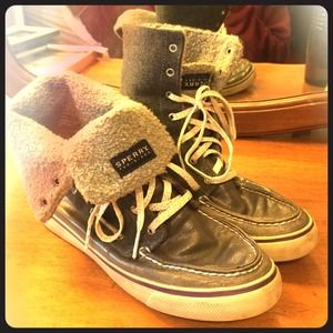 Sperry top sider high top boat shoes!
