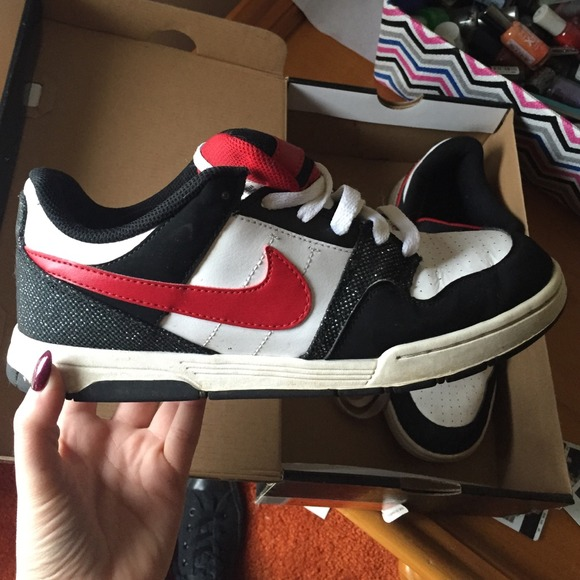 1490d6169b861 Nike Shoes   60 Mogan 2 Jr Red White Black Glitter   Poshmark