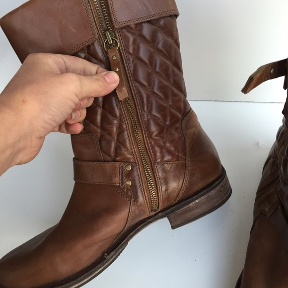 brown quilted ugg boots