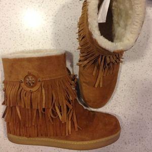 Tory Burch Shoes - ⚡️FINAL SALE TONIGHT⚡️TORY BURCH fringe bootie