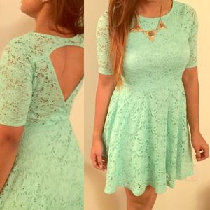 Kirra Dresses & Skirts - 3/4 sleeved crochet detailed mint colored dress!