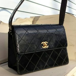 CHANEL Black Flap Purse VTG