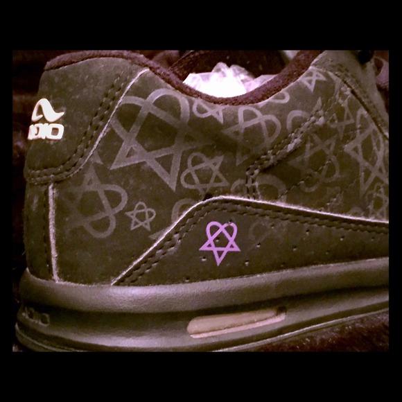 Adio Shoes Rare V3 Bam Margera Skate Shoe Sz8 Heartagram