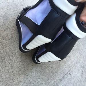 e663cb5b405c L.A.M.B. Shoes - LAMB L.A.M.B SZ 8.5 STEPHANIE WEDGE SNEAKER NEW