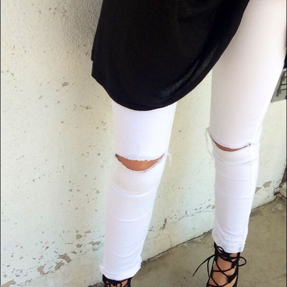 41% off Topshop Denim - Topshop MOTO Winter White Ripped Leigh ...