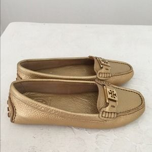 Authentic Tory a Burch loafers