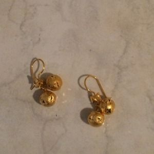 Jewelry - New gold plated earring, bought from Thailand.