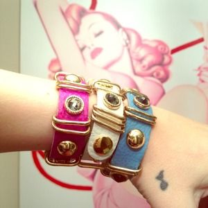 Jewelry - 💗💎💙 jeweled leather bracelet. BLUE ONLY AVAIL!