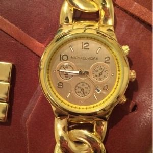 Accessories - 🌟SALE! Gold Chain Watch! (*Not real MK-Read Desc