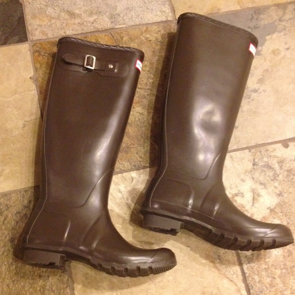 39% off Hunter Boots Boots - Hunter Tall Rain Boots in chocolate ...