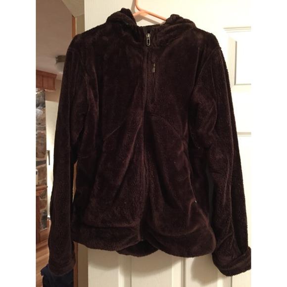 57% off Under Armour Outerwear - Under Amour Brown Fuzzy Fleece ...