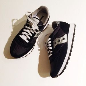 Saucony Shoes - Black and white Saucony Sneakers
