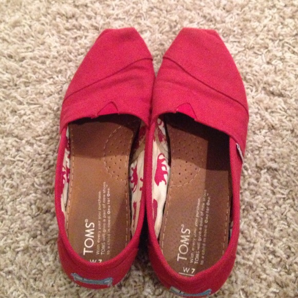 Ankle Pants Women And Red Toms Shoes