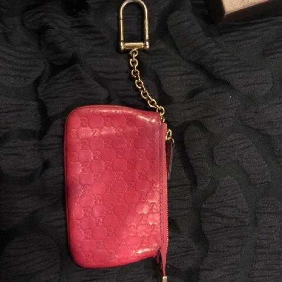 Gucci coin purse/key chain