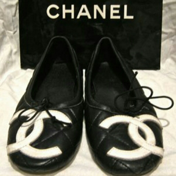 aac259d034842 CHANEL Shoes - Quilted Cambon Logo Ballet Flats- 8