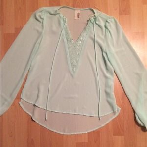 Tops - Sheer short tunic size medium. Mint color
