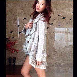 Splendeur's Boutique Pick Sweaters - 🎉HP🎉✨ Silver Ruffle/Fringe Oversize Open Cardi✨