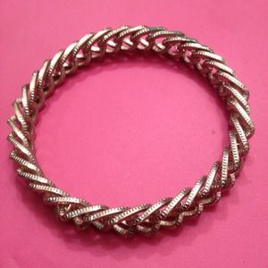 Pamela Love Jewelry - Hard chain bangle