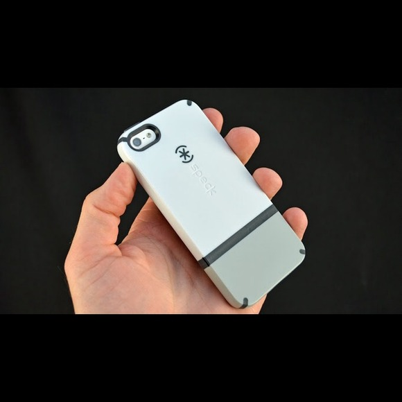 how to take off speck case