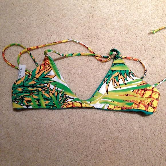 1c99400b82 midori bikinis Nani top in pineapple. M 54a108d3a921af6713205d4f