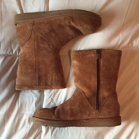 325 Chaussures |UGG Chaussures | b8b1865 - christopherbooneavalere.website