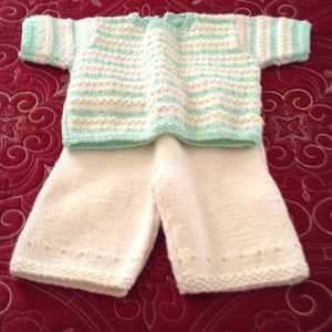 Sweaters - Hand Knitted Two Piece Set Mint / Ivory New!