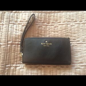 Kate Spade Cobble Hill Lacey Wristlet